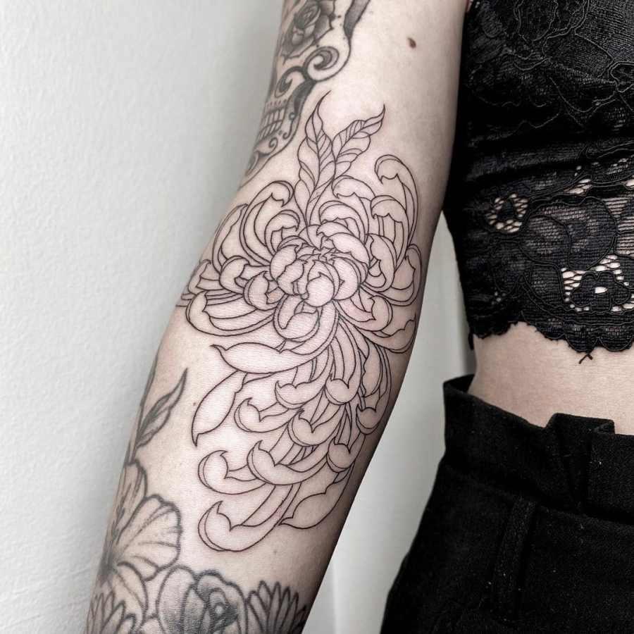 November Birth Flower Tattoo 2021080504 - November Birth Flower Tattoo: Chrysanthemum Tattoo