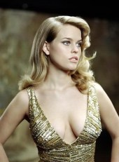 """Alice Eve (b.1982) - She was born in England to parents who were both actors. They moved to LA when Alice was young, her father tried to get a break in Hollywood but when she was 13 they returned to UK. She became an actress herself and is known from """"Starter for 10"""" (2006), """"Crossing Over"""" (2009), """"Entourage"""" (2011), """"Men in black 3"""" (2012) and """"Star Trek into darkness"""" (2013)."""