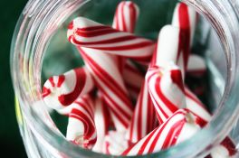 nelsons-candy-canes