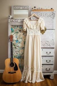 Vintage wedding dress | Photo by Pizzuti Photography