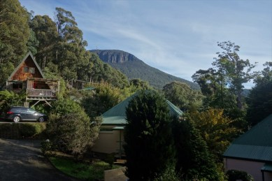 View of Mt Wellington (Hobart, Tasmania) from my friends house