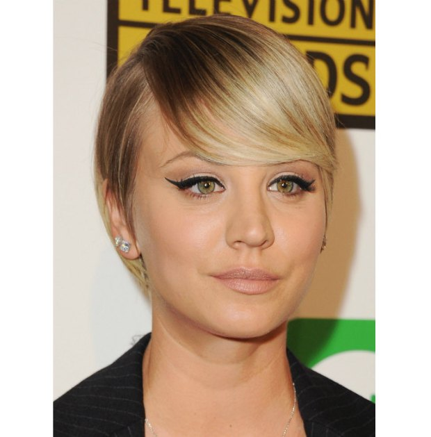 Kaley Cuoco short haircuts
