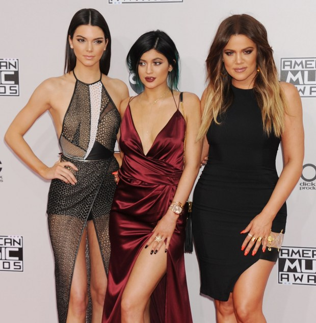Kendall Jenner, Kylie Jenner and Chloe Kardashian outfits at American Music Awards 2015