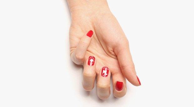 Manicure Scandinavian pattern