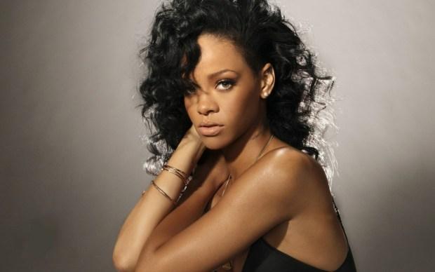 Rihanna hair long