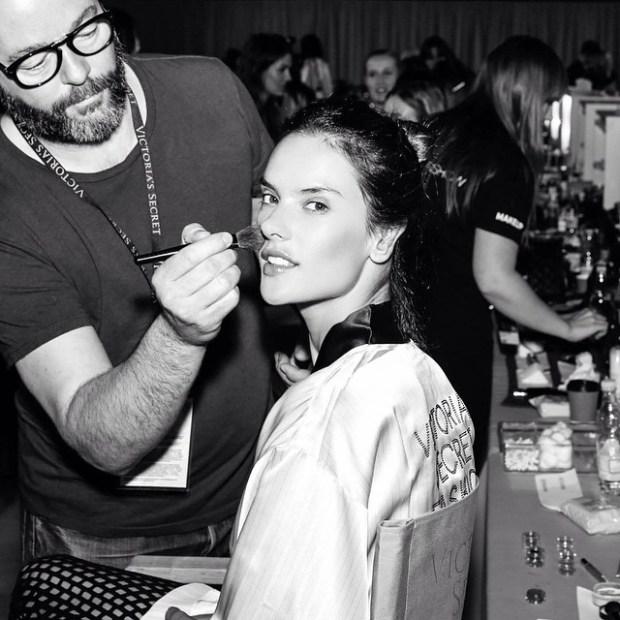Alessandra Ambrosio Victoria's Secret show London 2015
