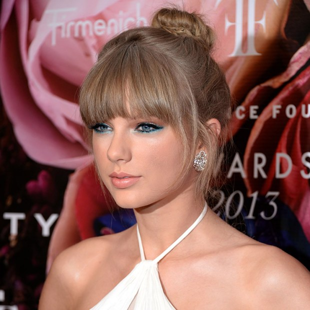 Taylor Swift beauty secrets makeup
