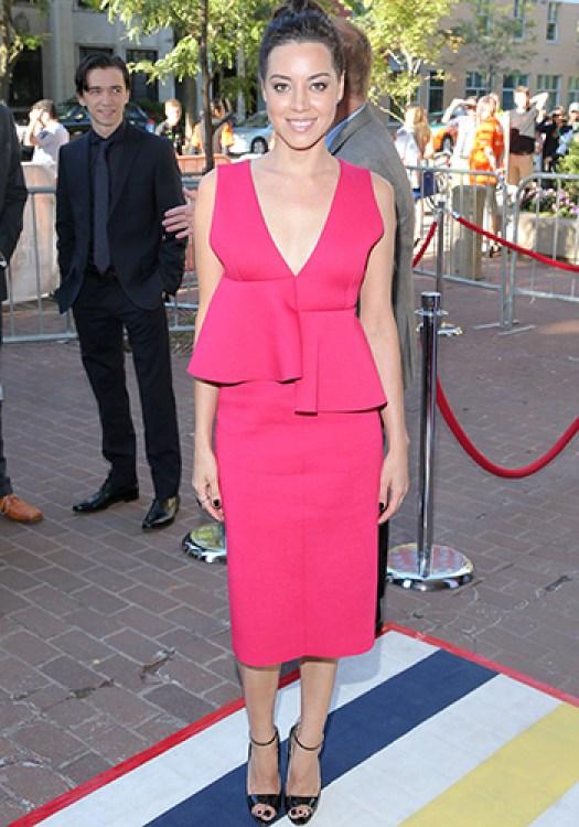 Aubrey Plaza in pink