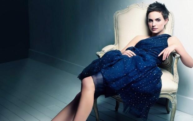 Celebrity Natalie Portman short haircut
