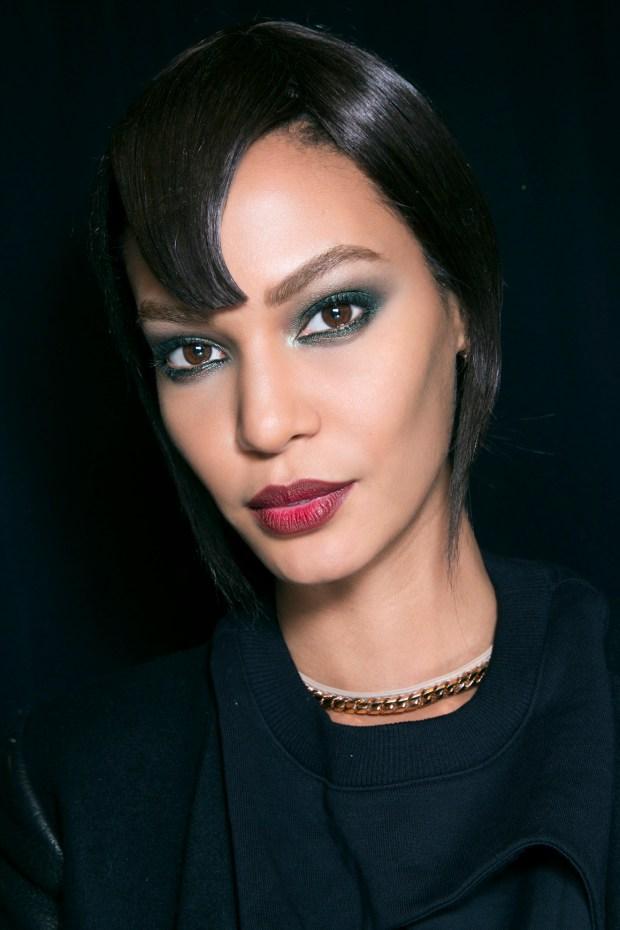 Beauteful makeup red dark lips with green eyeshadow