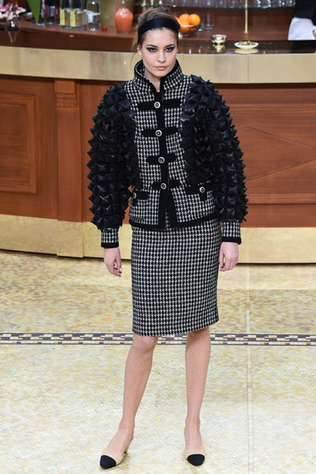 3 Chanel Fall Winter 2016 2017 Collection
