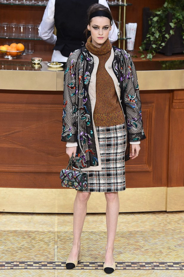 9ChanelFallWinter20152016Collection