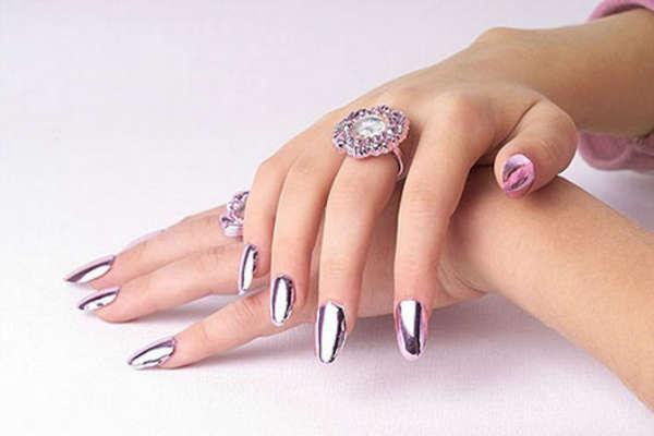 Fall-Winter 2016 2017 metallic nail designs