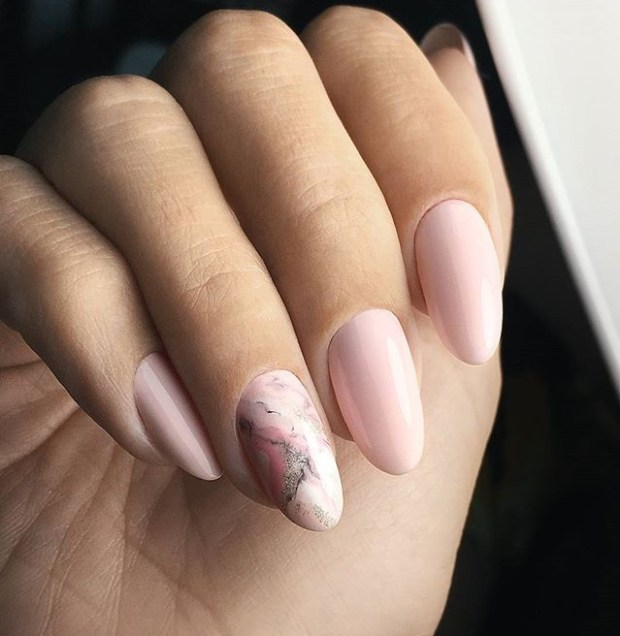 What nail color to wear in 2019