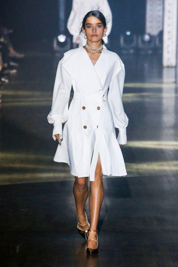 White dresses spring-summer 2020