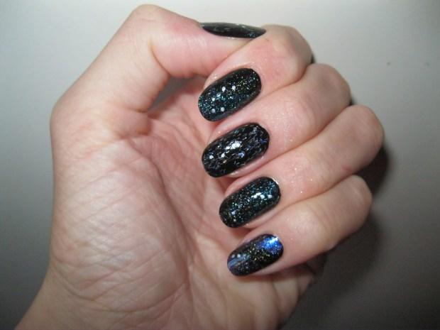 Nails in dark colors 2020