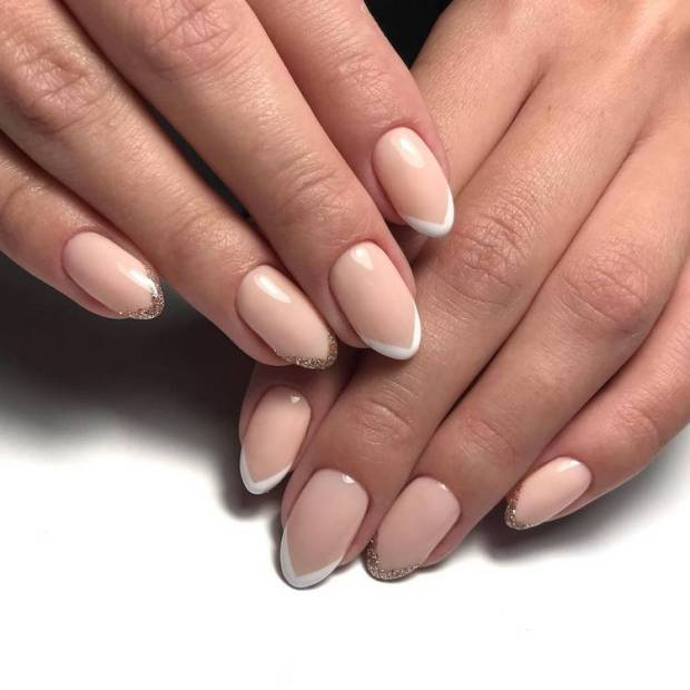 Beige nails with gold french