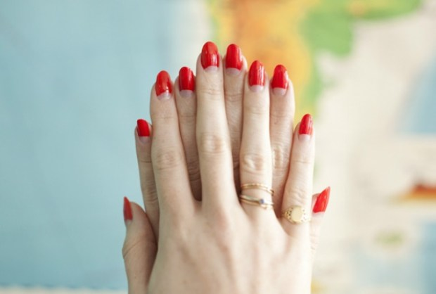 Red almond nails 2020