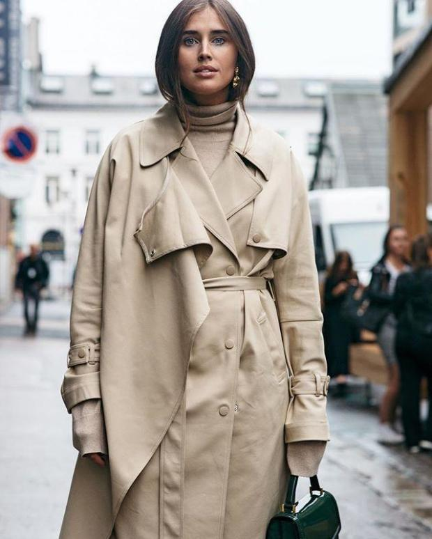 Beige trench coats for woman width=