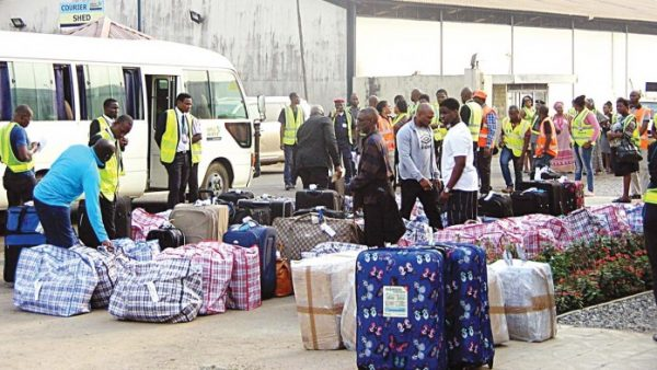 South Africa Deports 90 Nigerians