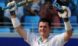 Graeme Smith Former Skipper And Batsman Turns T20 Coach