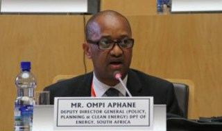 deputy director-general of energy, Ompi Aphane, suspended
