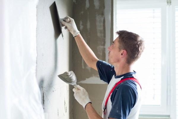 cum se face repararea peretilor