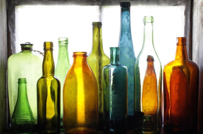cum poti refolosi sticlele vechi