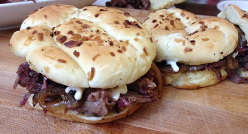 pulled beef sandwhich