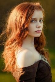 5 signs ' redhead