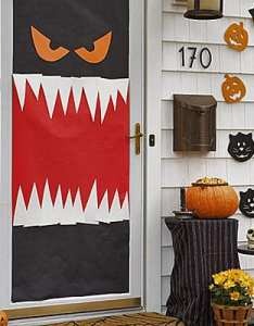 How to build it also halloween door decor ideas rh howtobuildit