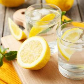health benefits of lemon water on an empty stomach every morning