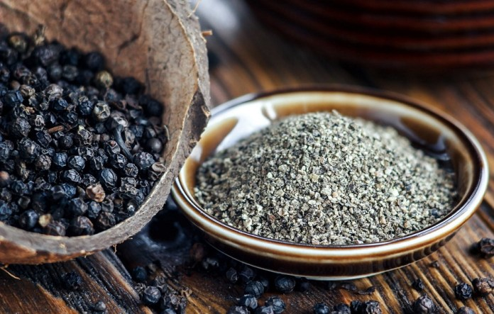 black pepper for tooth infection
