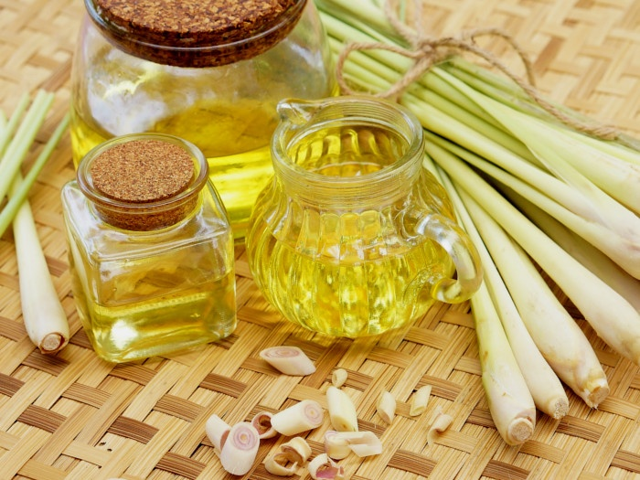 get rid of allergic reactions with lemongrass oil