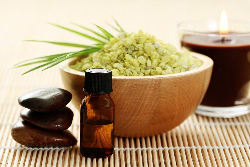 cardamom essential oil for nausea