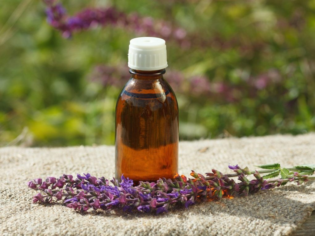 clary sage oil for hot flashes