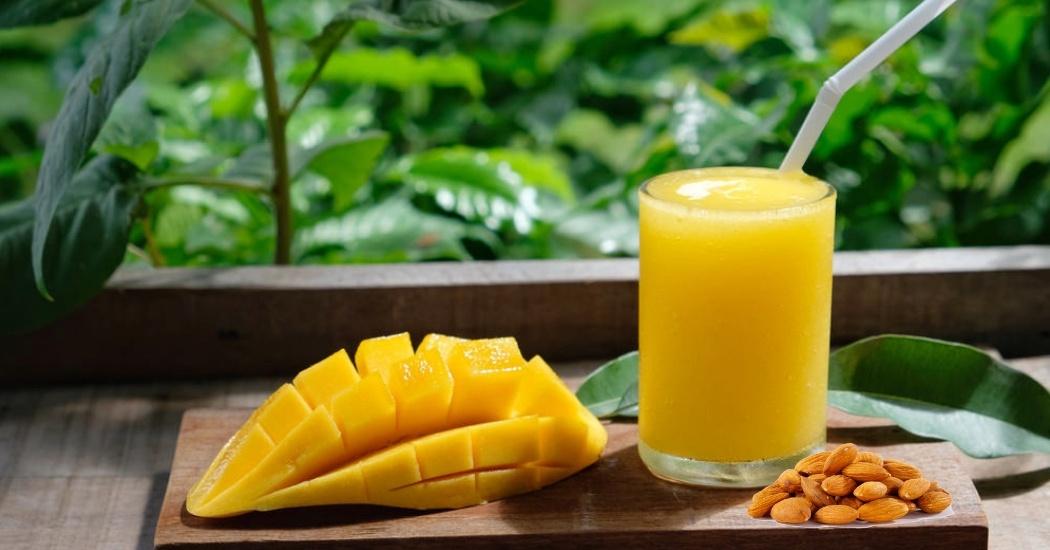 alphonso mango almond milk protein shake for weight loss