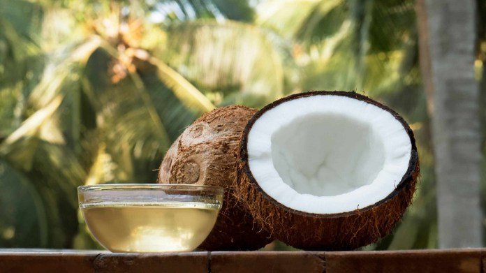 coconut oil for pimple scars