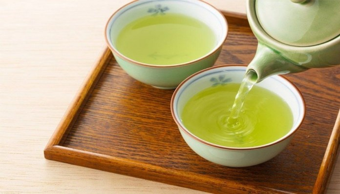 green tea for get rid of a black eye