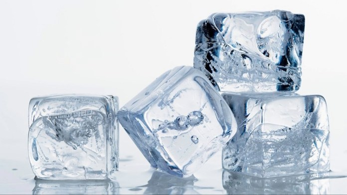 ice cubes for cure heat bumps