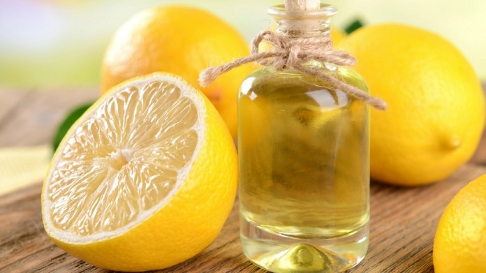 lemon essential oil for lighten dark spots