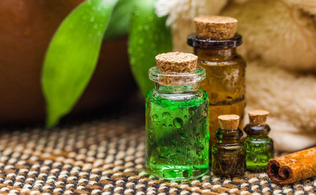 tea tree essential oil for get rid of scabies