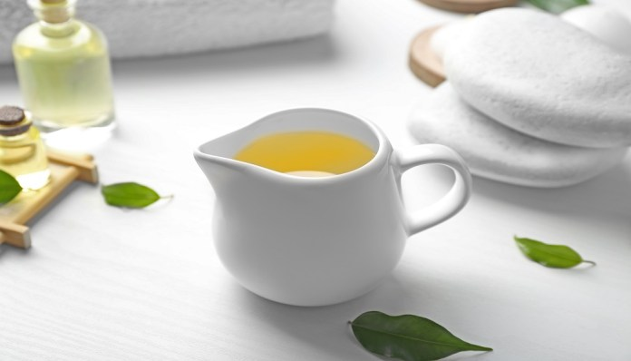 tea tree essential oil for cyst