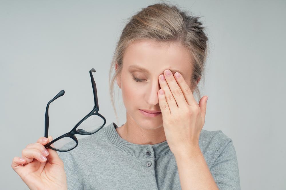 eye pain 2