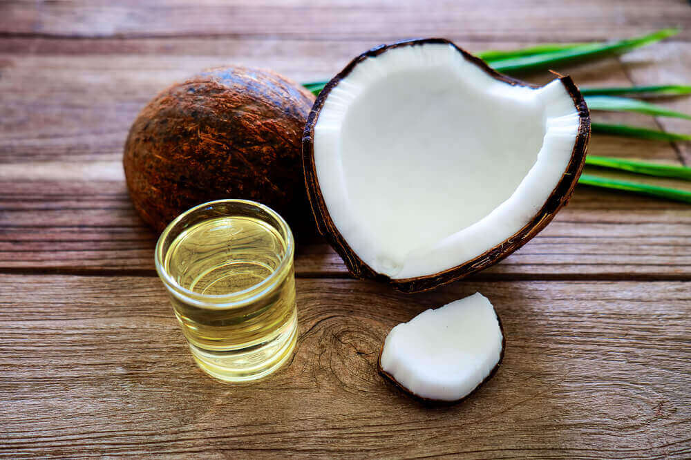 Tighten neck skin coconut oil