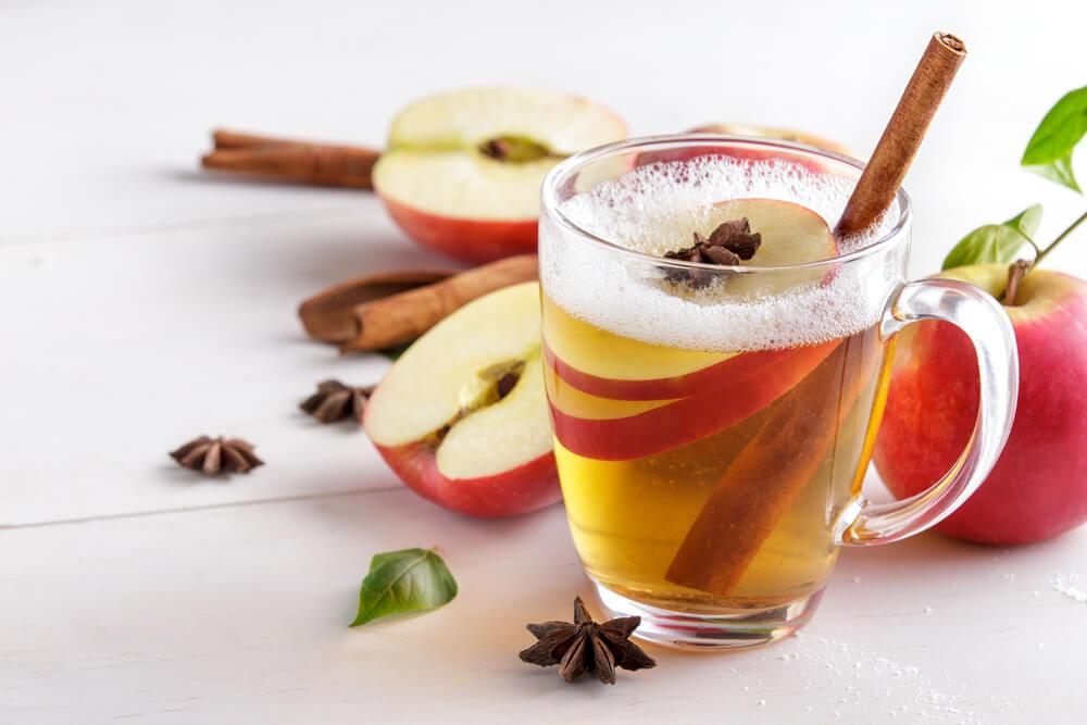 Cinnamon And Apple Cider Vinegar Solution