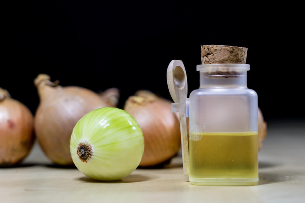 onion juice for hair growth- (1)