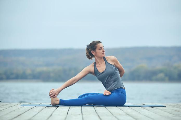 Bharadvajasana for Hip Pain