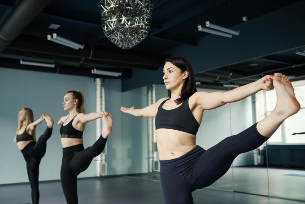 extended leg balance exercise
