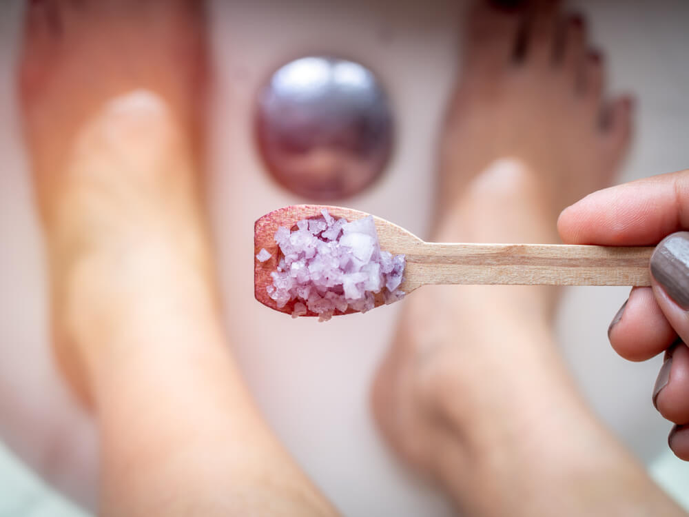 Soaking feet in Epsom salt